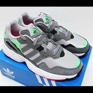 NIB ADIDAS Yung-96 Men's Gray Mint Pink Sneakers
